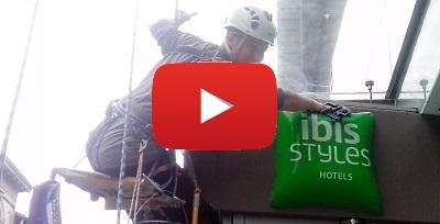 Видео наших высотных работ  в Украине. Мойка фасада и окон, утепление.